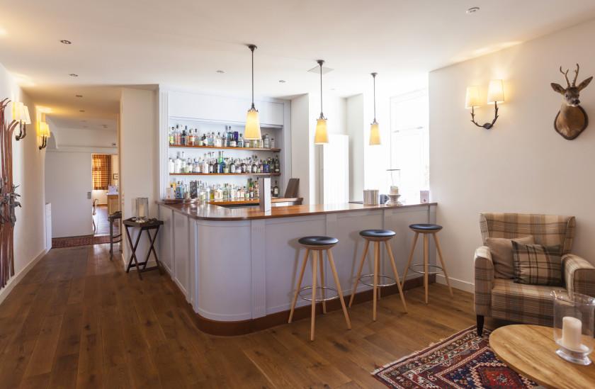 Image of Bellevue Bar - 12 of 28.jpg